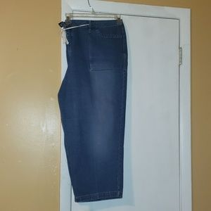 Women's blue jeans capris lane Bryant